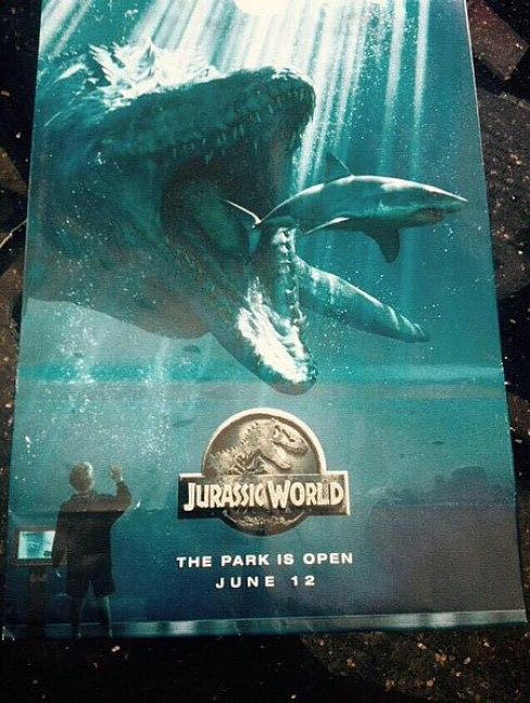 Jurassic-World-Shark-poster